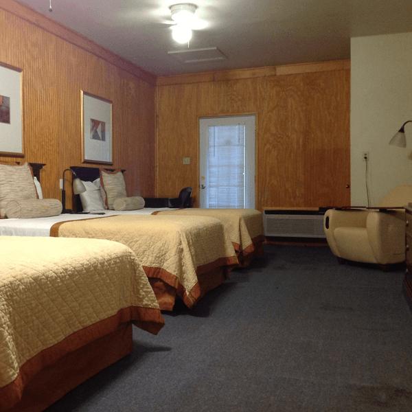Lake Concordia Camping